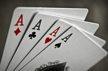 Таблица покерных комбанаций