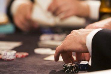 Где можно скачать бесплатно Китайский покер Ананас