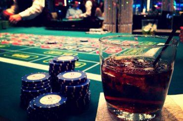 Раунды ставок в покере — Флоп, Терн, Ривер
