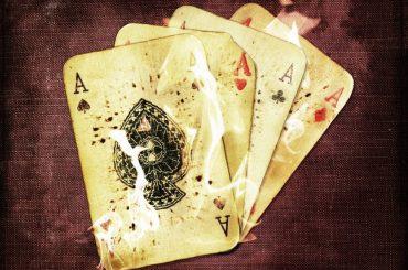 Четыре туза в покере, все о комбинации Каре