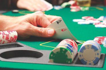 Что собой представляет турнирный покер
