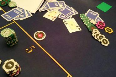 5 карт одной масти в покере