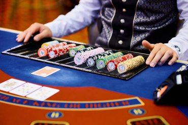 Что такое донк бет в покере