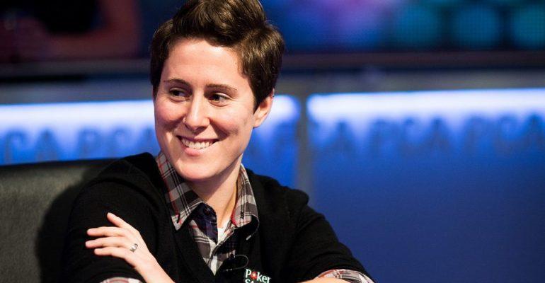 После длительного перерыва в покер снова вернулась легендарная покеристка Ванесса Селбст